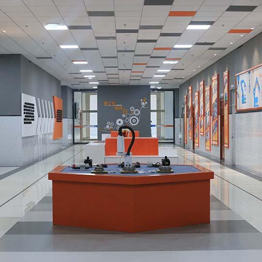 日照市科技中等专业学校机器人展厅设计项目